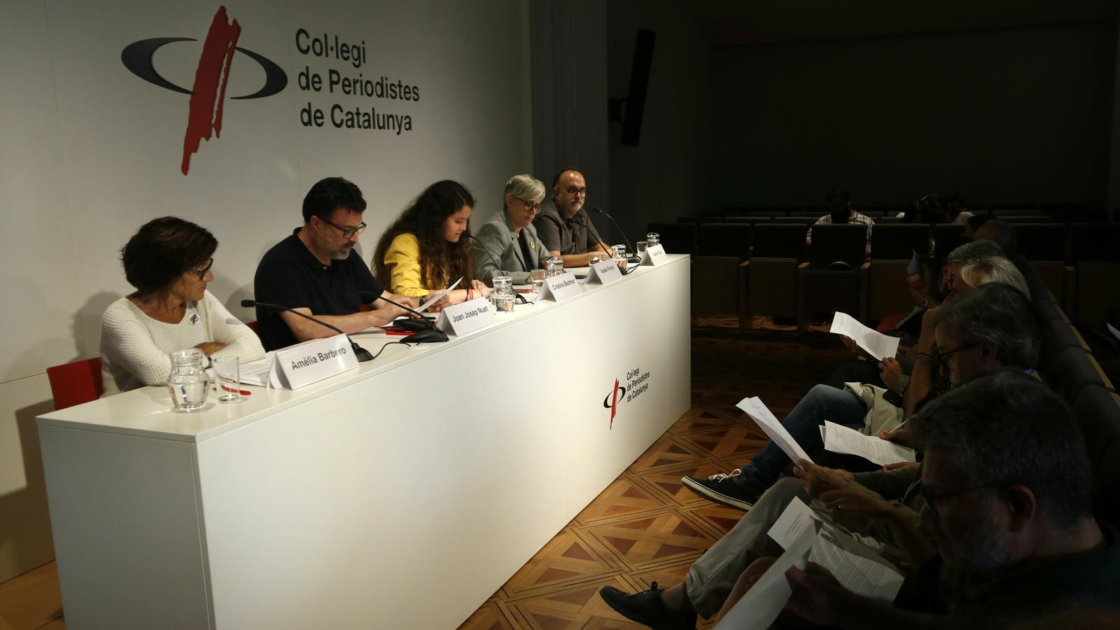 La convenció al Col·legi de Periodistes