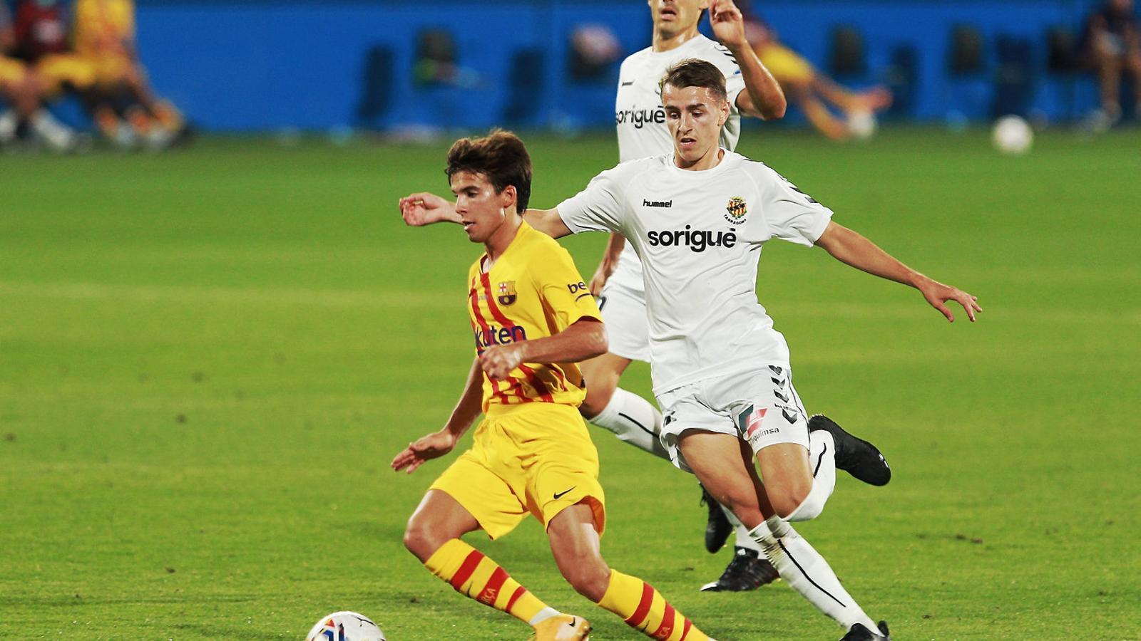 Koeman posa deures als migcampistes del Barça