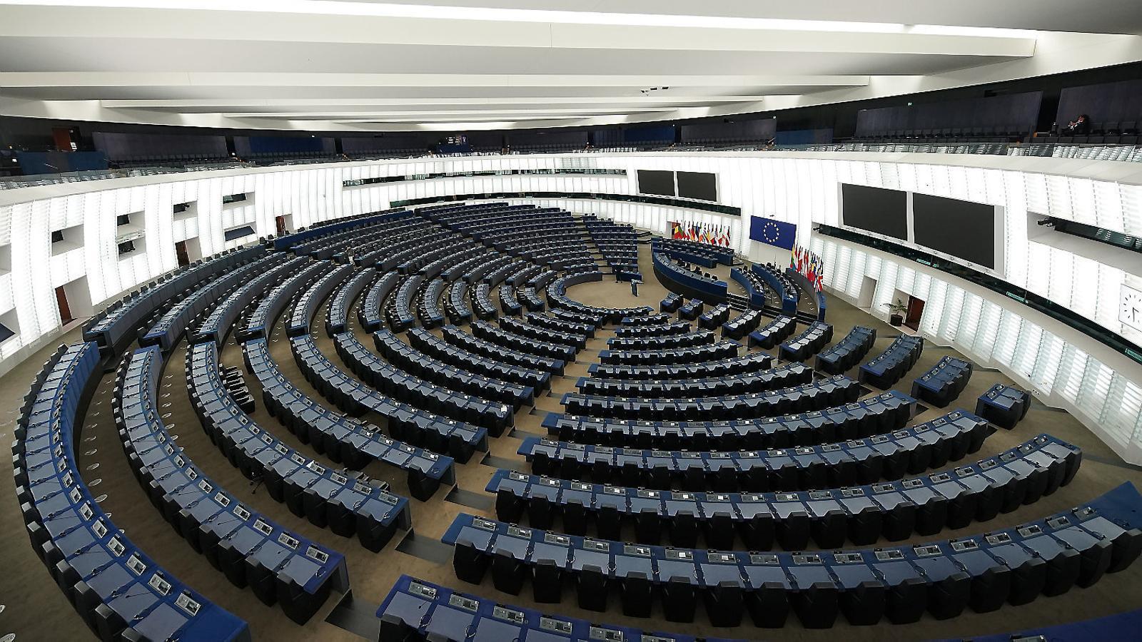 El coronavirus revifa la polèmica  sobre la doble seu de l'Eurocambra