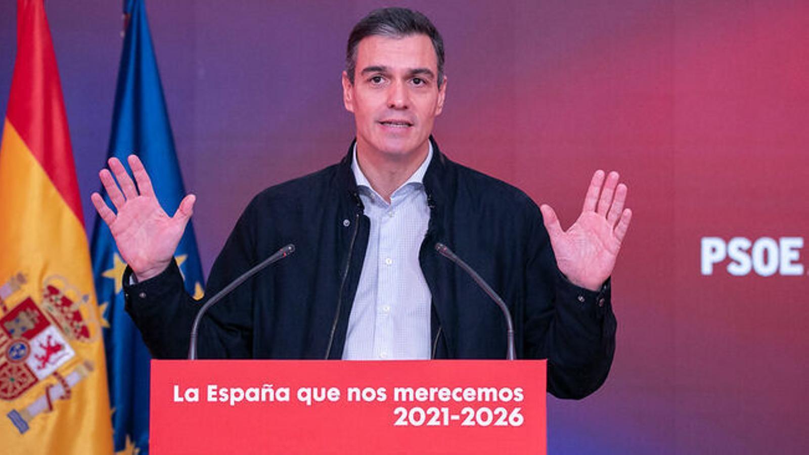 del-Pedro-Sanchez-compareixenca-PSOE_2571952946_75905161_651x366