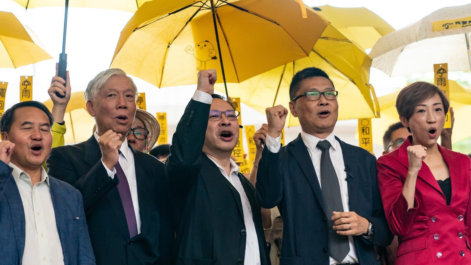 Manifestació en suport als processats per la Revolució dels Paraigües de 2014.