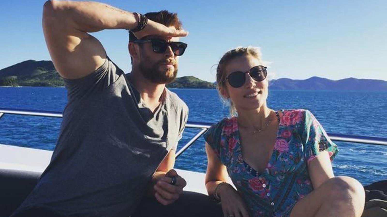 """Hemsworth es mofa  de la """"crisi"""" amb Pataky"""