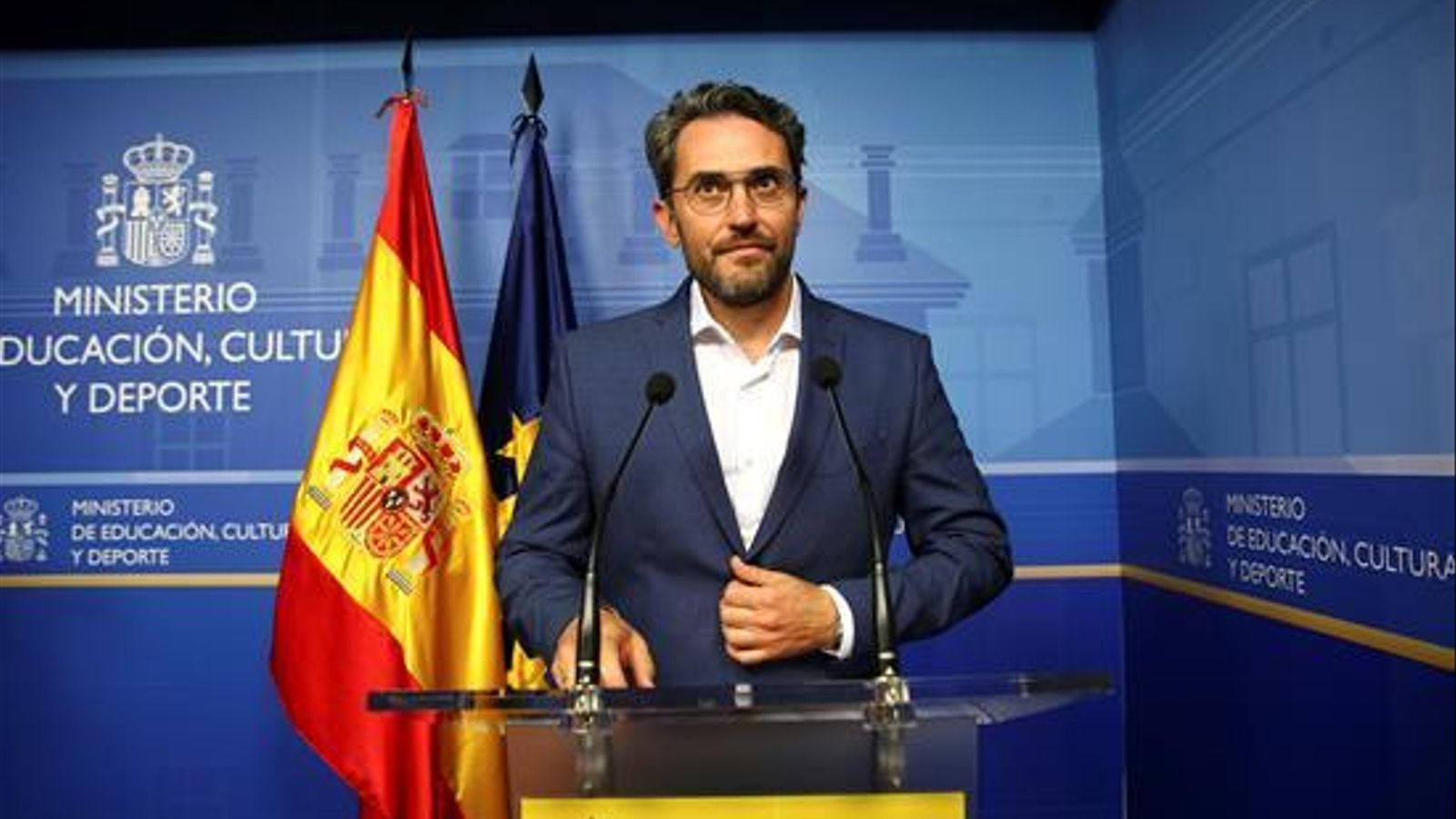 """Màxim Huerta dimiteix per l'escàndol de frau fiscal però manté que és """"absolutament innocent"""""""