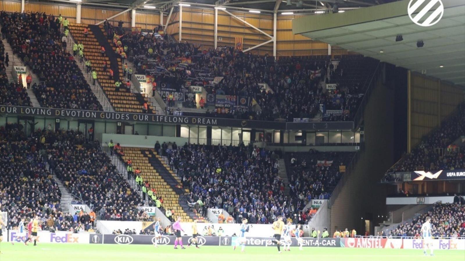 Prop de 1.200 seguidors de l'Espanyol van desplaçar-se al Molineux Stadium