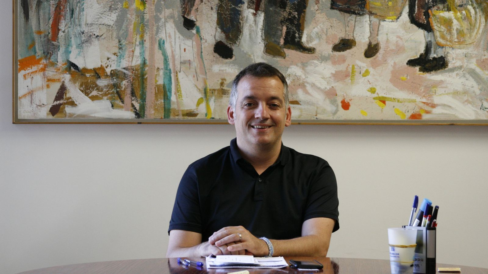El batle de Sencelles, Joan Carles Verd, en el seu despatx.