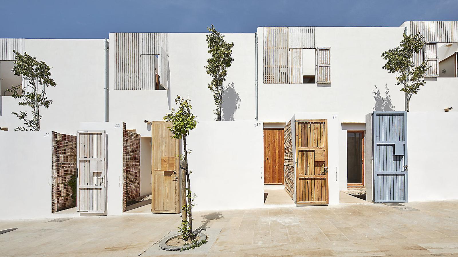 Alguns dels 14 habitatges de protecció oficial de Formentera que han guanyat el premi FAD enguany / JOSÉ HEVIA