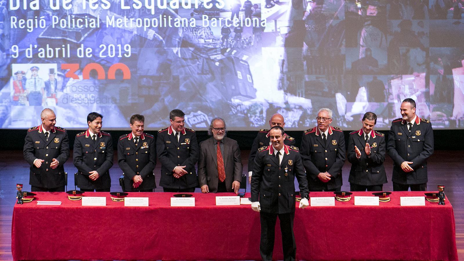 Condecoració a Arasa per l'actuació dels Mossos al Parlament l'1 d'octubre del 2018