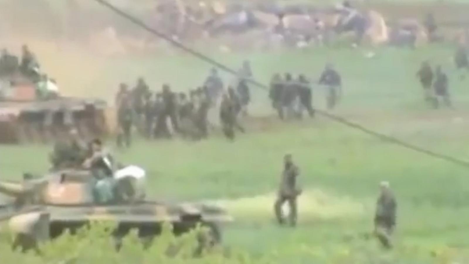 Tancs reprimint les protestes a Síria