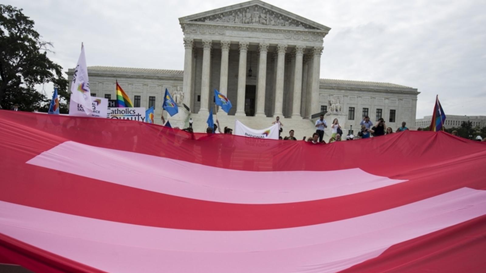 El Suprem dels Estats Units legalitza els matrimonis homosexuals