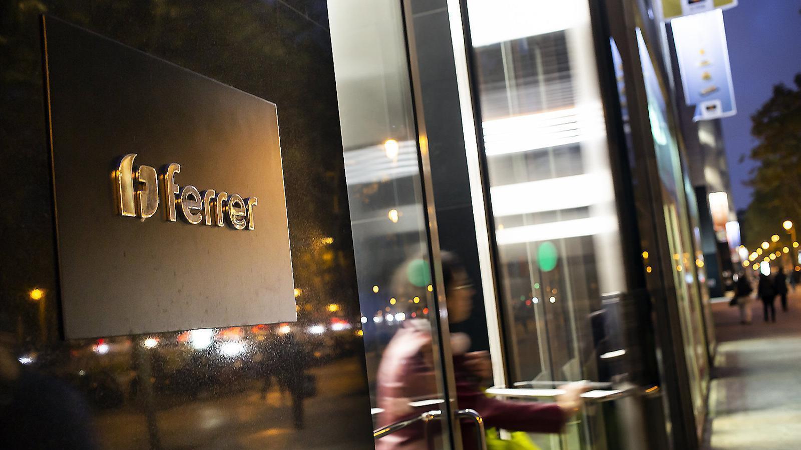 Oficines del Grup Ferrer a l'avinguda Diagonal de Barcelona, on s'han produït la major part d'acomiadaments.