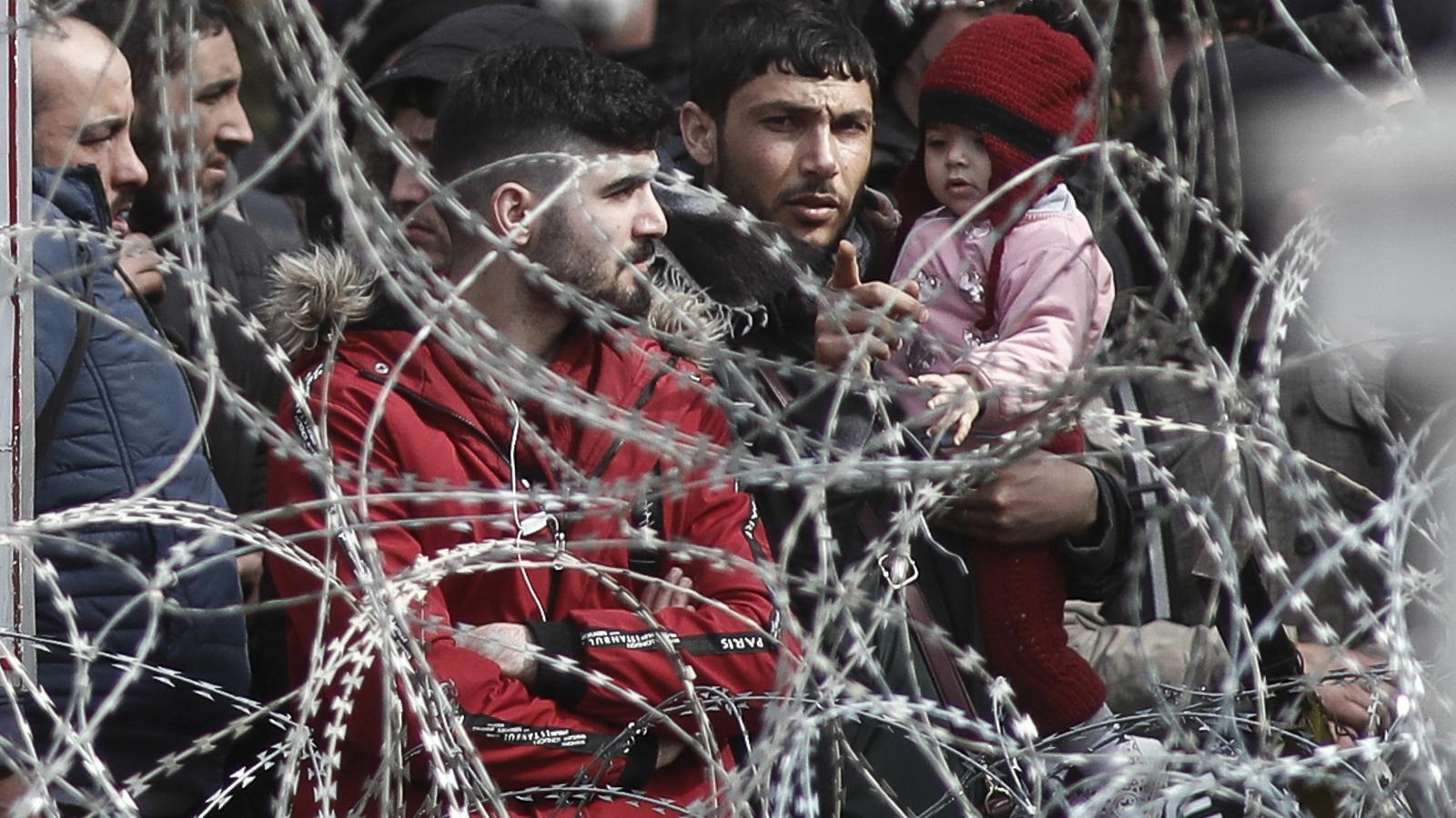 Grècia suspèn durant un mes el dret a poder demanar asil