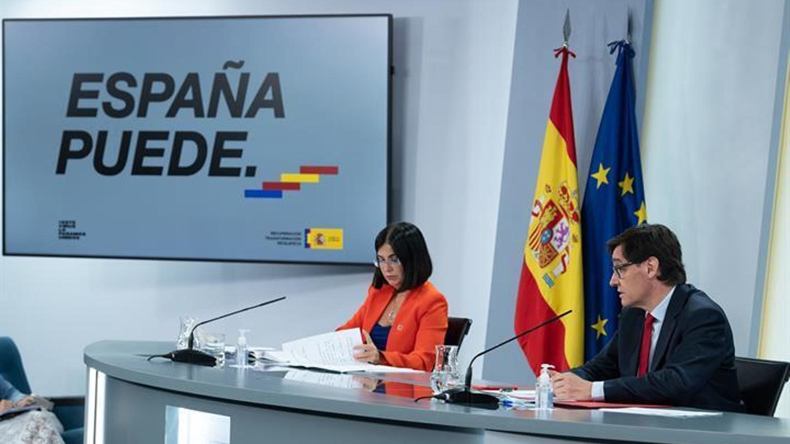 EN DIRECTE | El ministre de Sanitat, Salvador Illa, i la ministra de Política Territorial, Carolina Darias, compareixen en roda de premsa