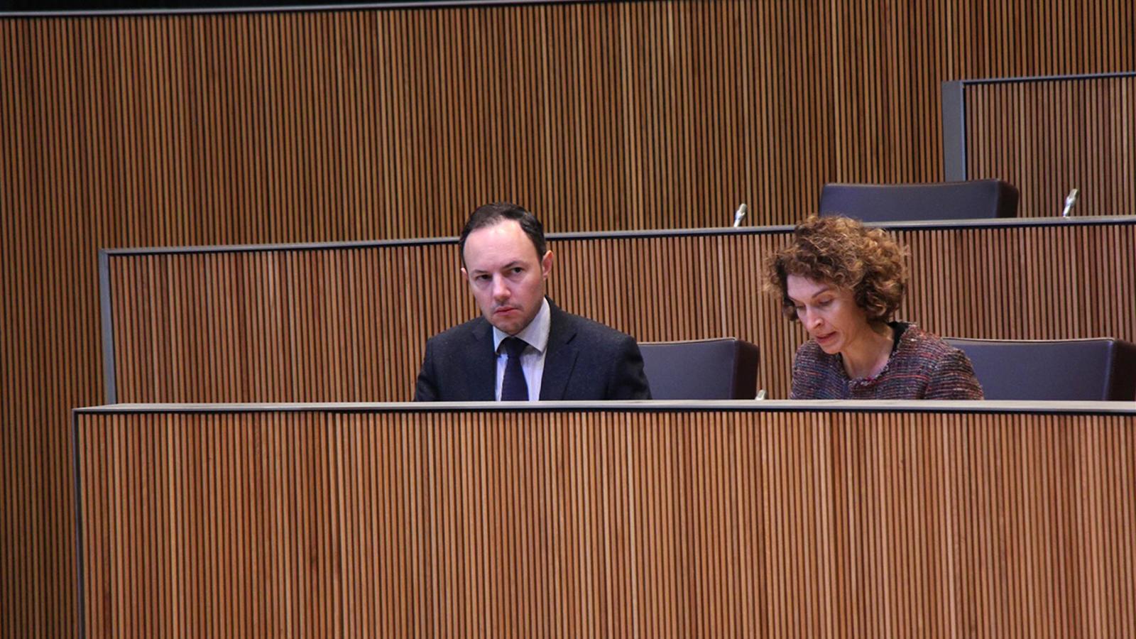 El ministre d'Afers Socials, Justícia i Interior, Xavier Espot, durant la sessió de control al Govern d'aquest dijous. / M. M. (ANA)