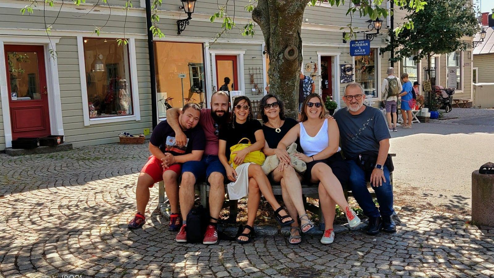 La família Mateu al complet durant unes vacances