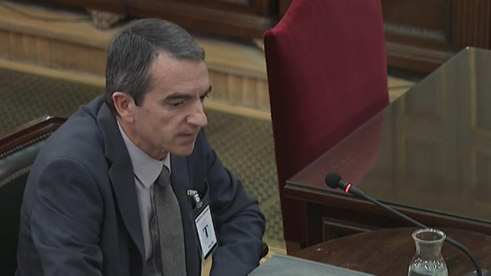 """Puigdemont va replicar a Trapero que si hi havia una """"desgràcia"""" l'1-O faria la DUI, segons el comissari Molinero"""