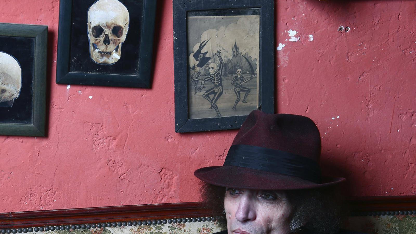 El músic d'Almacelles Xavier Baró,  En una imatge promocional.