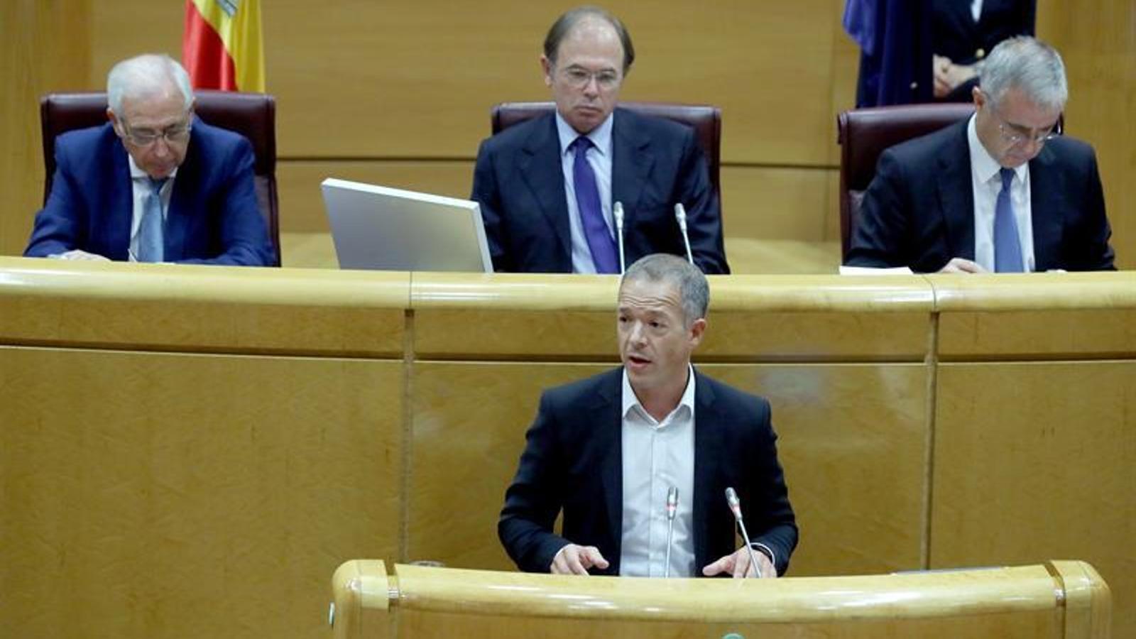 El PSOE retira l'esmena que suspenia el 155 si Puigdemont convocava eleccions
