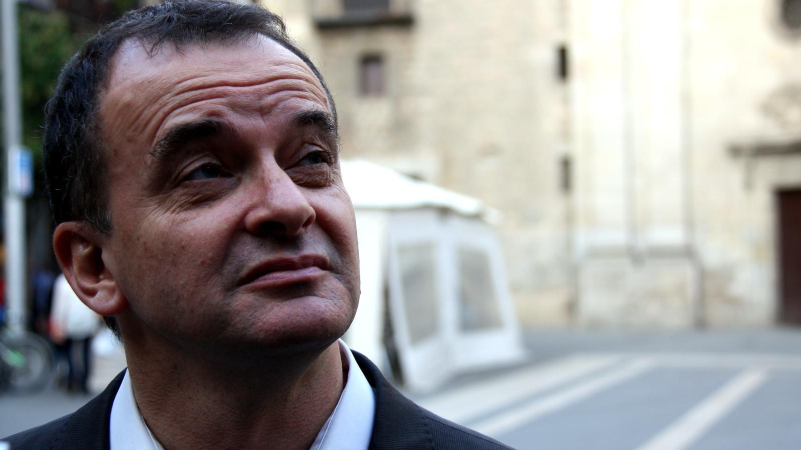 El portaveu d'ERC a Madrid, Alfred Bosch, aquest divendres a la Plaça de la Mercè de Barcelona