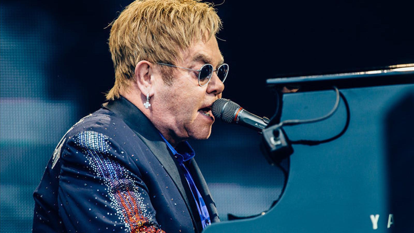 Elton John, amb un peu  a l'era dels mil·lennials
