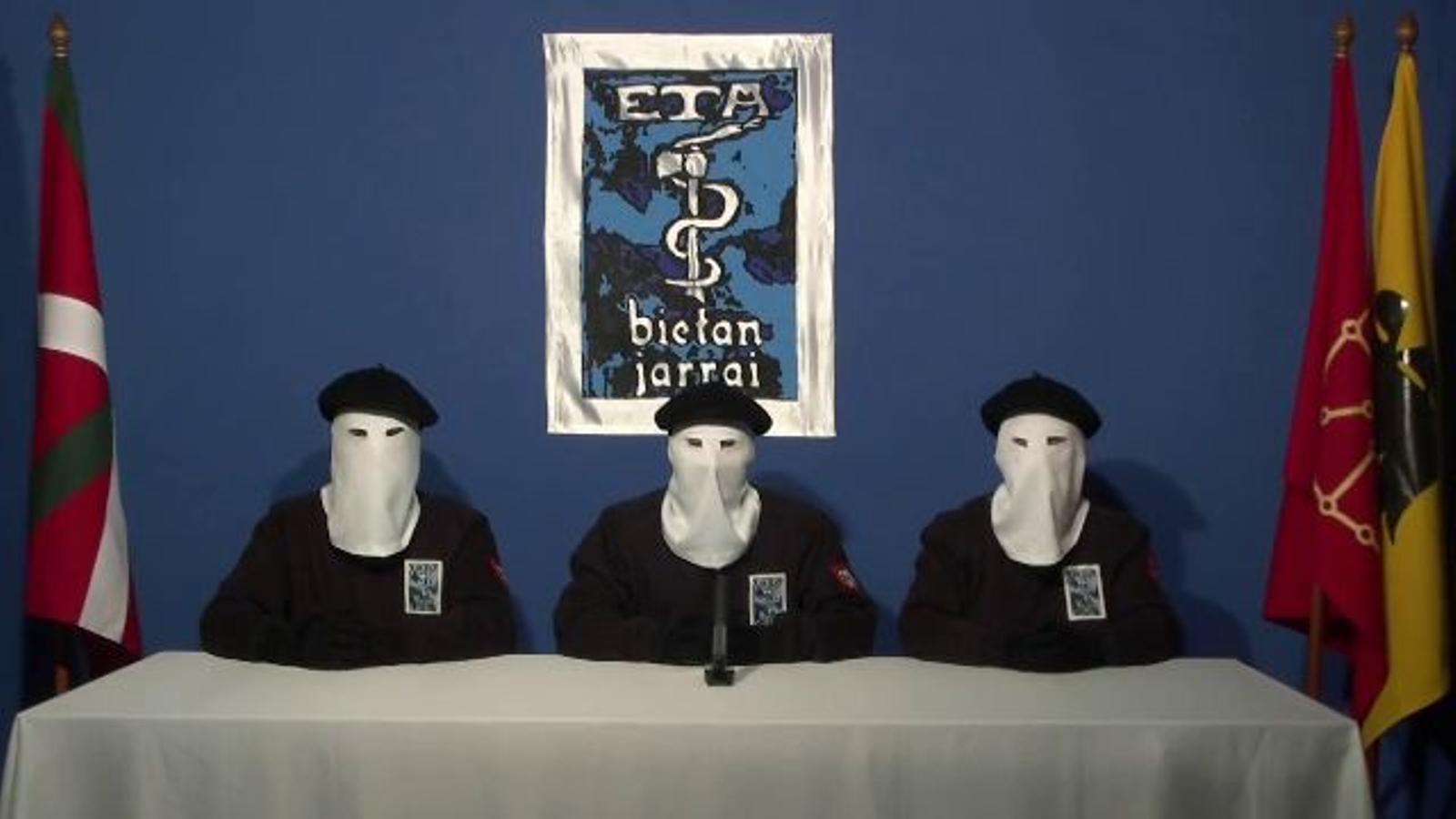 ETA anuncia el cessament definitiu de l'activitat armada