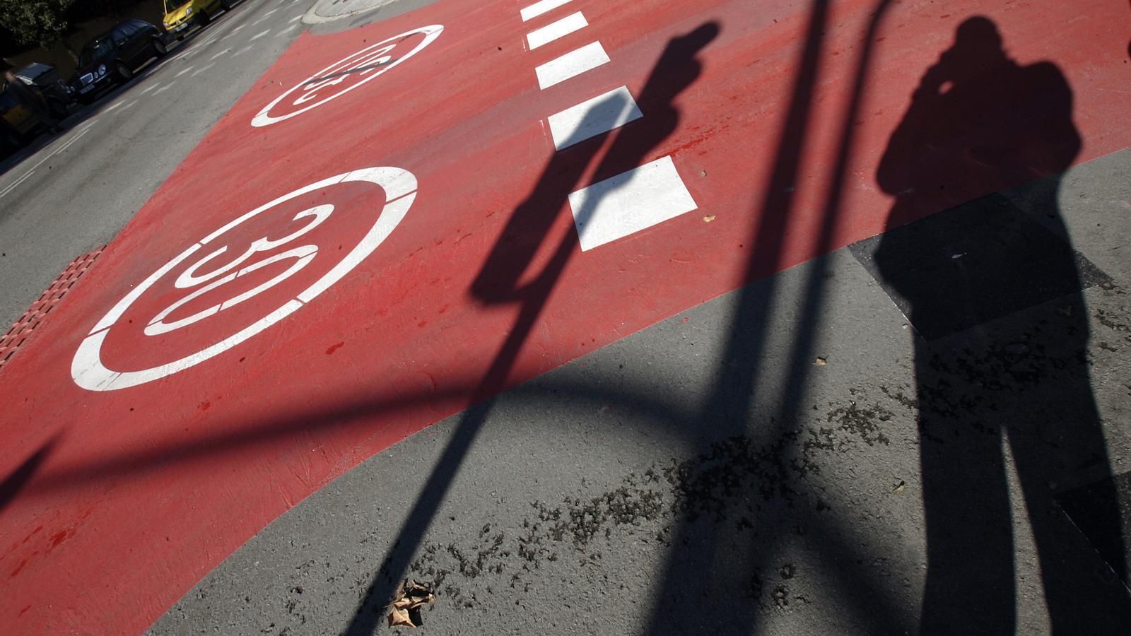 Alguns carrers del barri de Pedralbes han incorporat la limitació de circular a més de 30 km/h.
