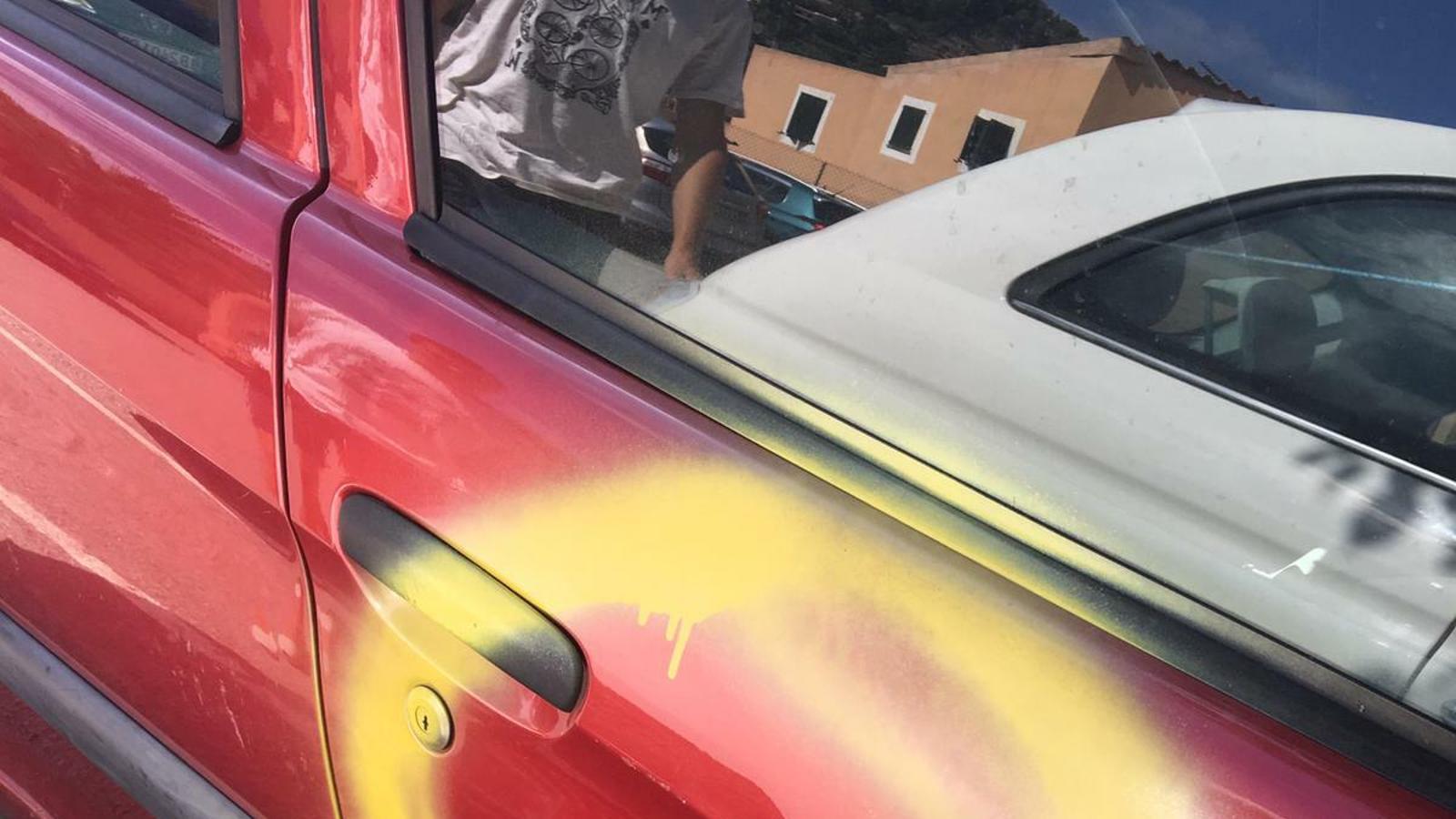 Atac catalanòfob al vehicle de PaulaRotger