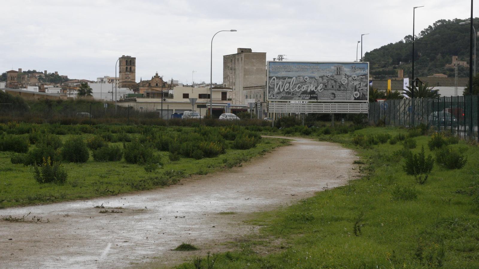 Part dels terrenys que se donen al Govern per al futur hospital.