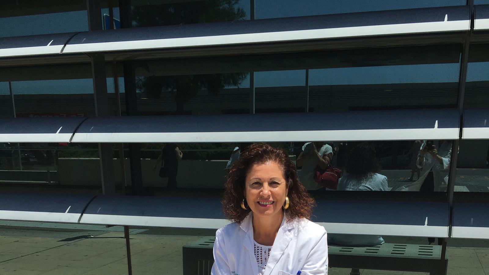 Carmen Castro, a l'hospital Son Espases.