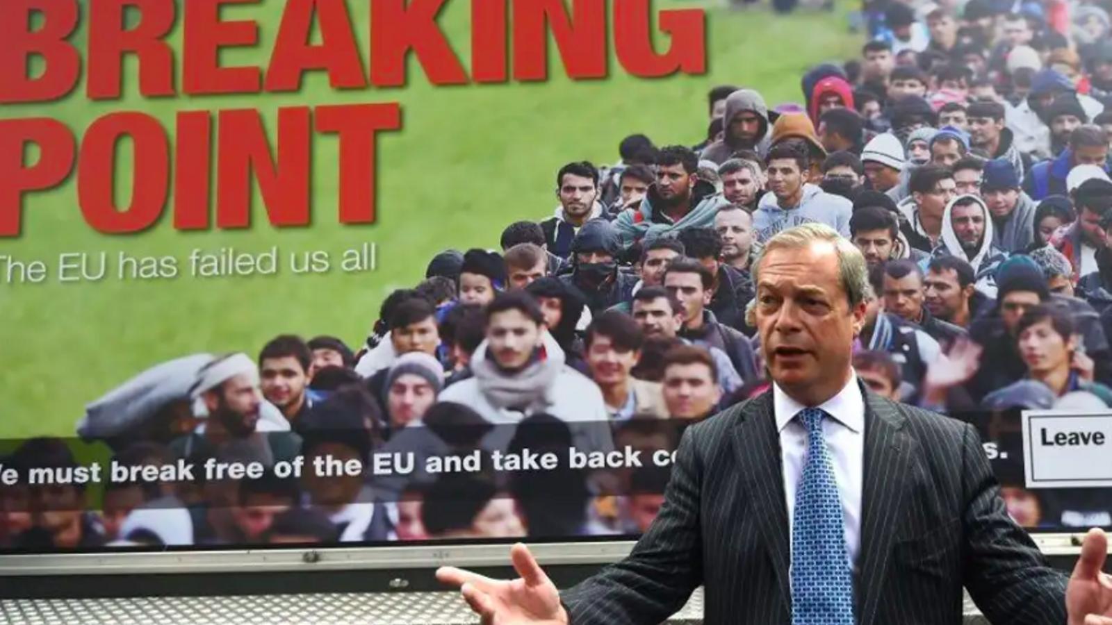 Nigel Farage, el juny del 2016, durant la presentació del pòster que acusava als immigrants de constituir una potencial amenaça d'invasió per al Regne Unit