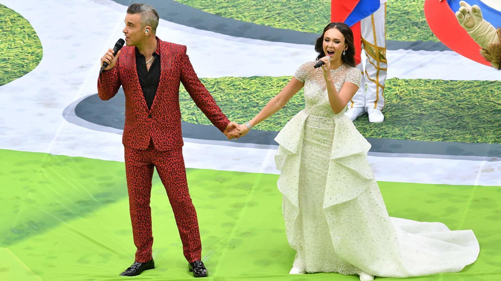 Robbie Williams amb la soprano russa Aida Garifullina