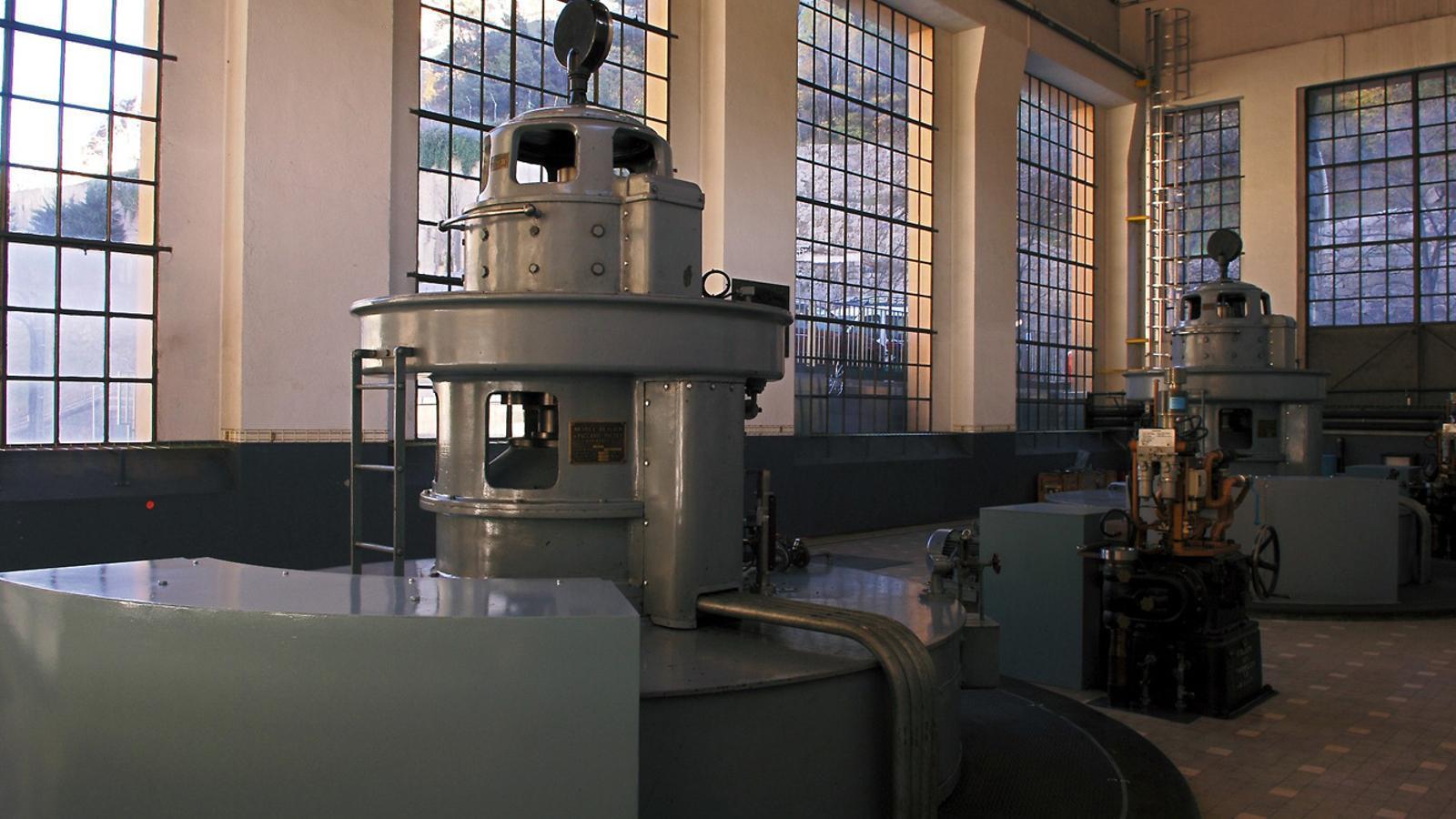 La sala de màquines de la central hidroelèctrica de FEDA. / FEDA