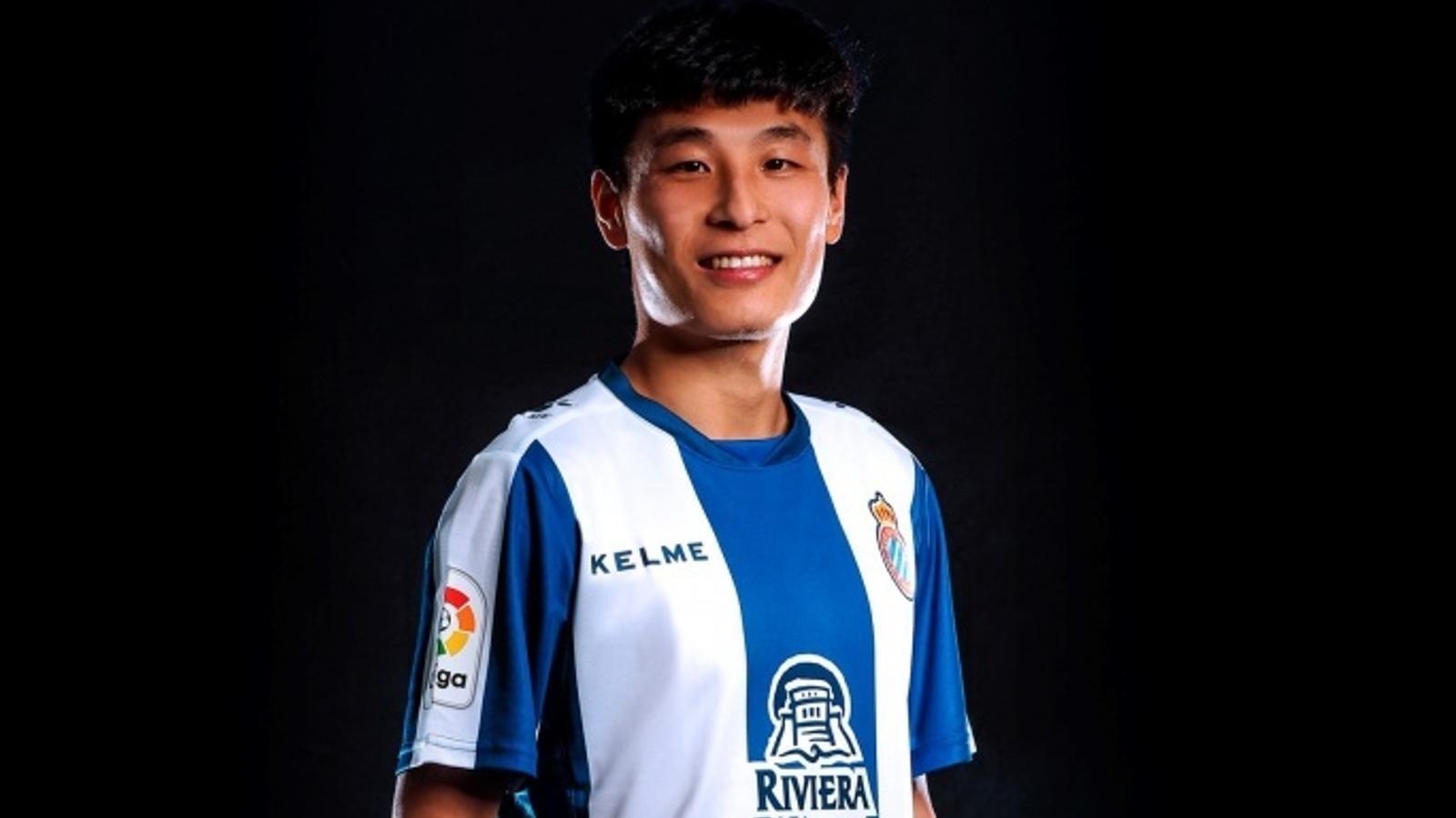 Wu Lei, amb la samarreta de l'Espanyol