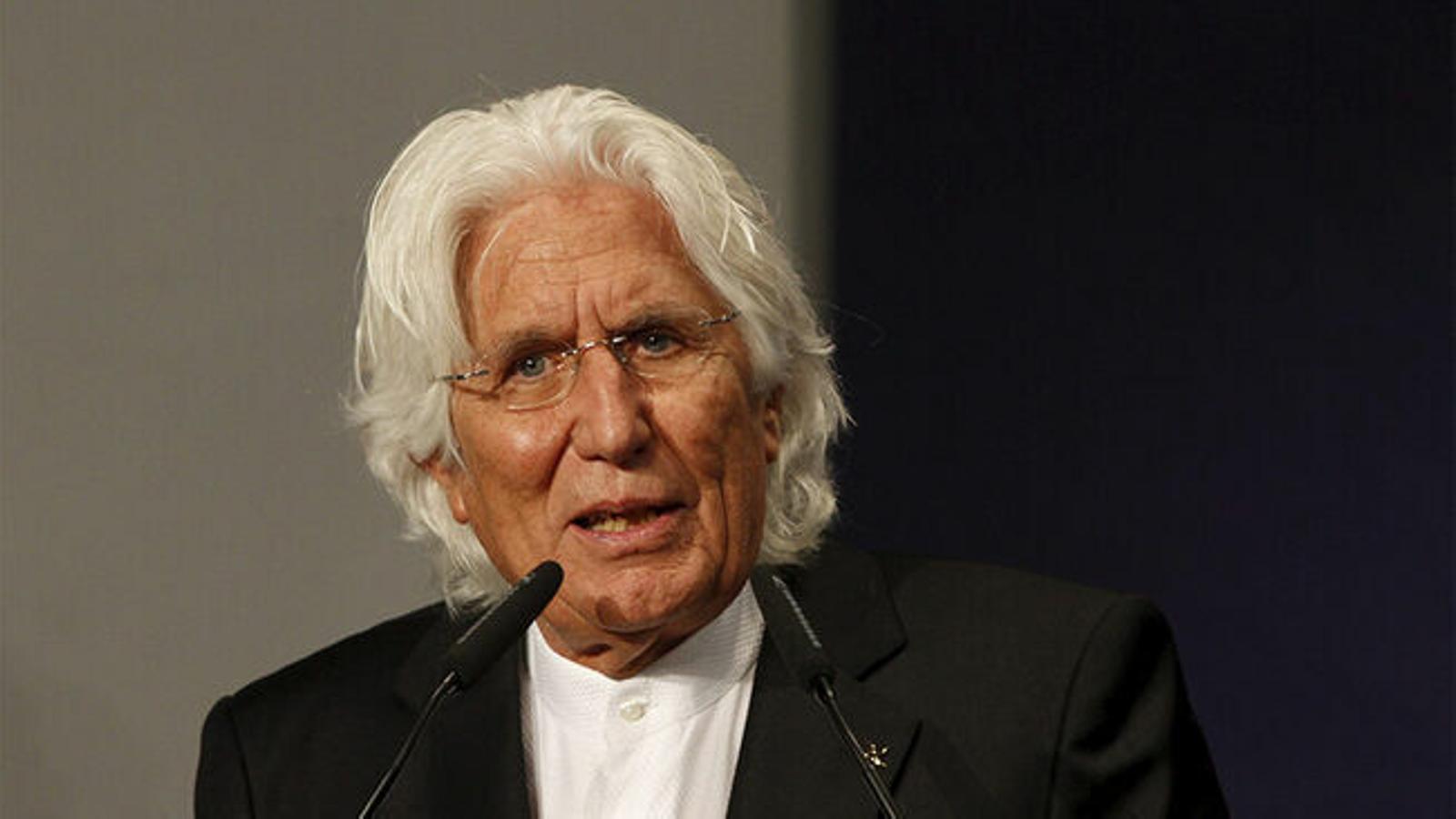 Miquel Fluxá, fill de Llorenç Fluxá Figuerola, creà el 1983 la cadena hotelera Iberostar.