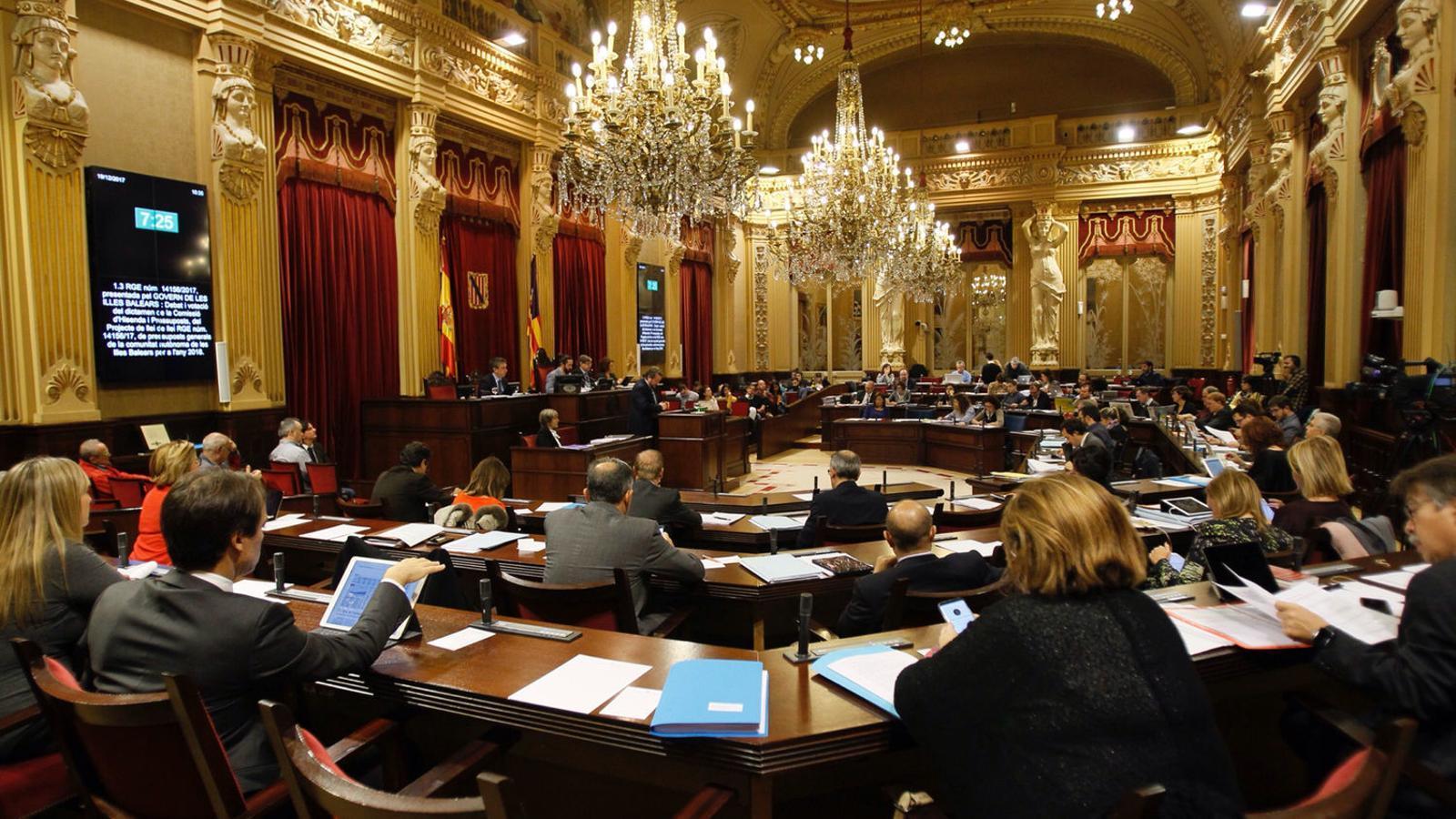 El Govern té previst aprovar tretze lleis en el Parlament durant el pròxim gener.