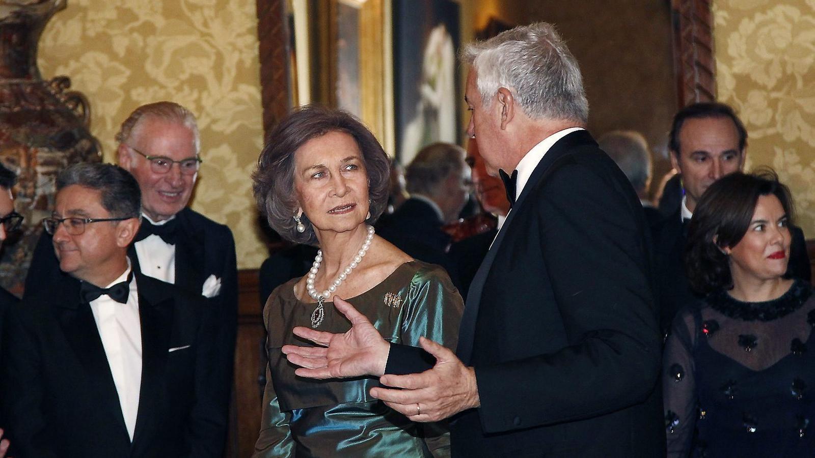 El Cerle del Liceu  premia la reina Sofia