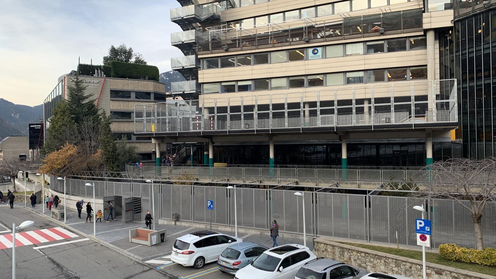La façana de l'escola espanyola d'Escaldes-Engordany. / C. A.