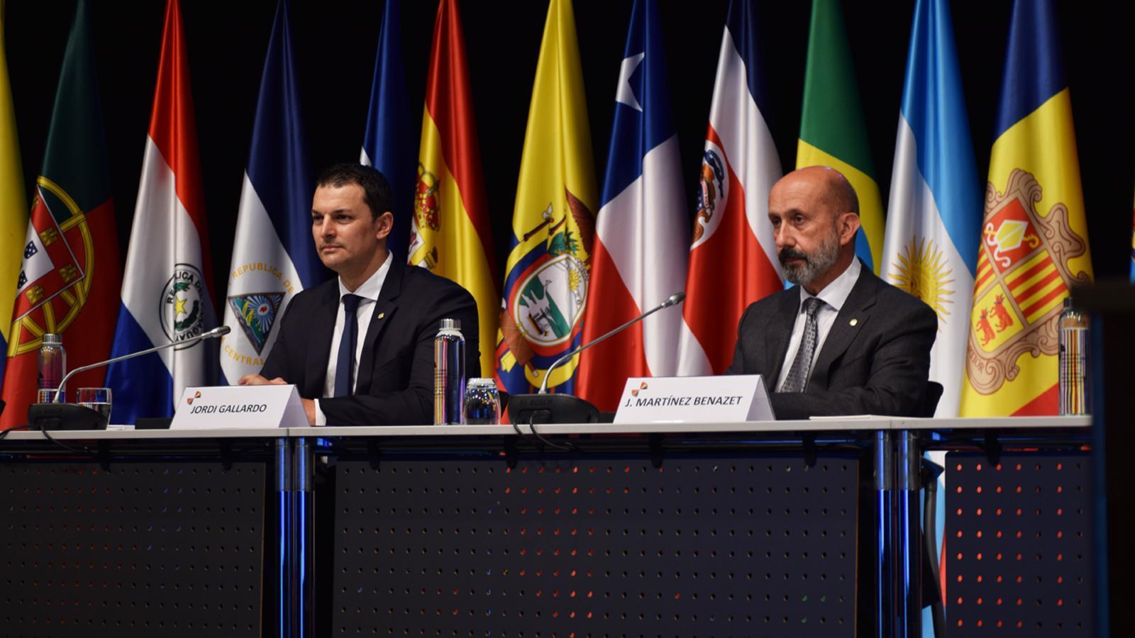 Els ministres d'Economia i Salut, Jordi Gallardo i Joan Martínez Benazet, durant la reunió extraordinària d'alt nivell de ciència, tecnologia i innovació contra la crisi del coronavirus