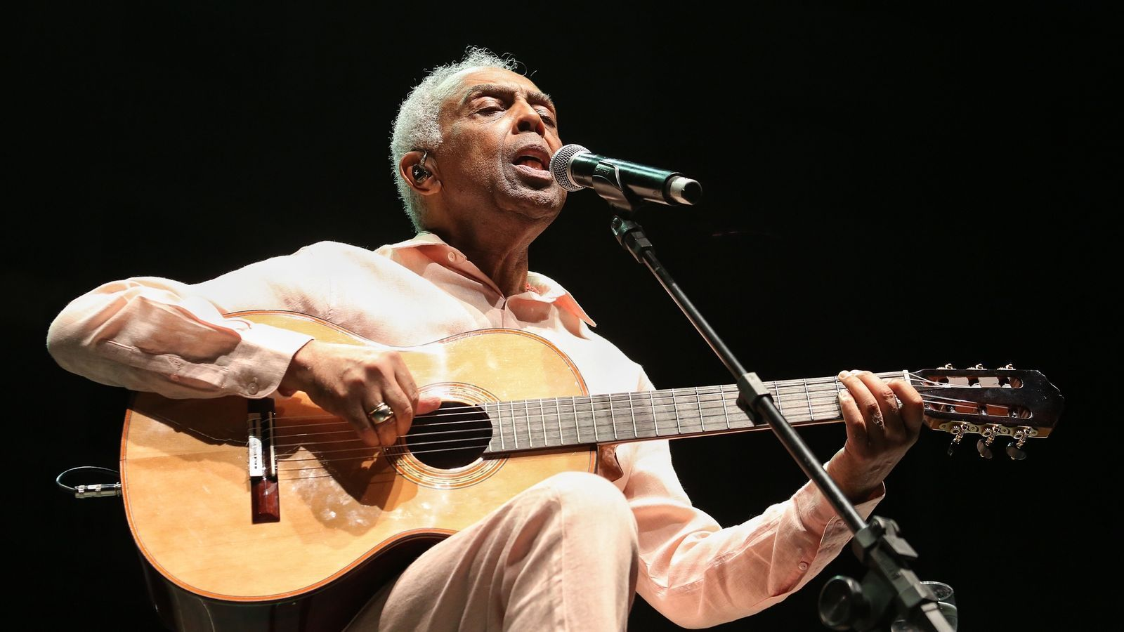 Gilberto Gil recorda Joao Gilberto als jardins de Pedralbes