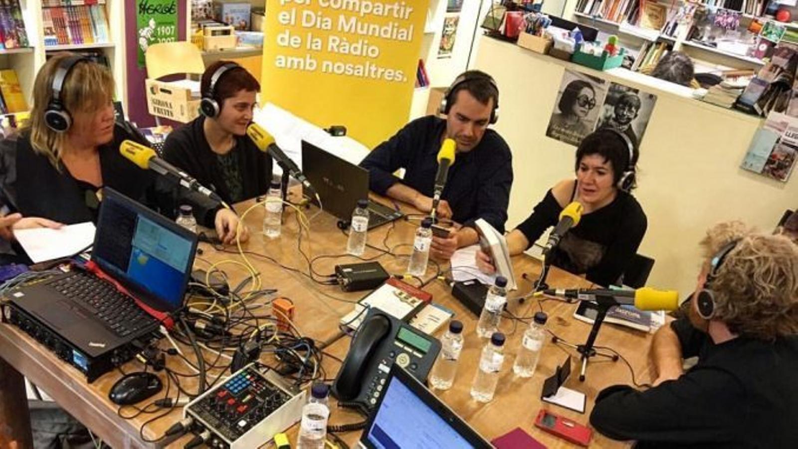 Els periodistes de Catalunya Ràdio critiquen la participació d'Empar Moliner en un acte de Junqueras