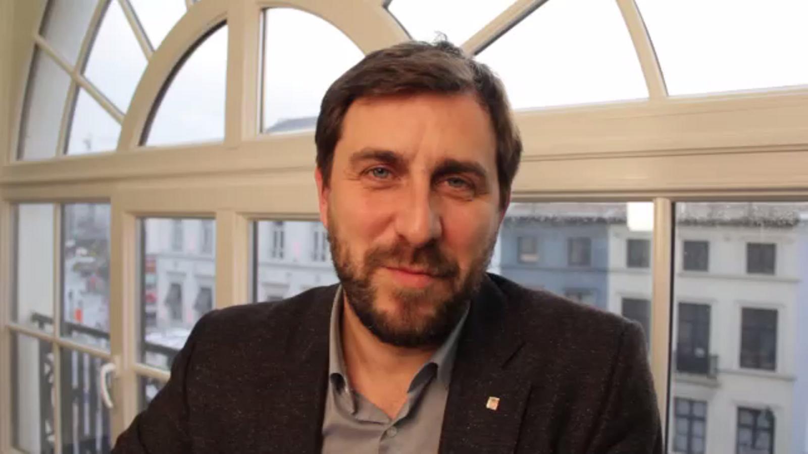 Toni Comín debuta en la campanya d'ERC amb un vídeo gravat des de Bèlgica