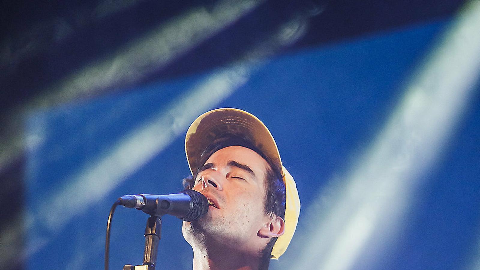 Ferran Palau ahir durant el concert de presentació del disc Kevin a Vic.
