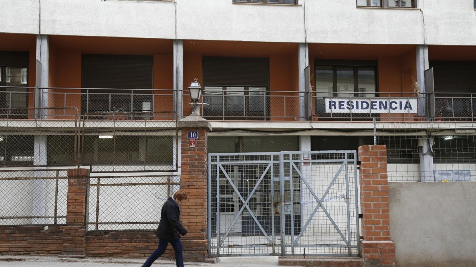 El govern es compromet a cedir 256 pisos a les entitats - Casa bloc sant andreu ...