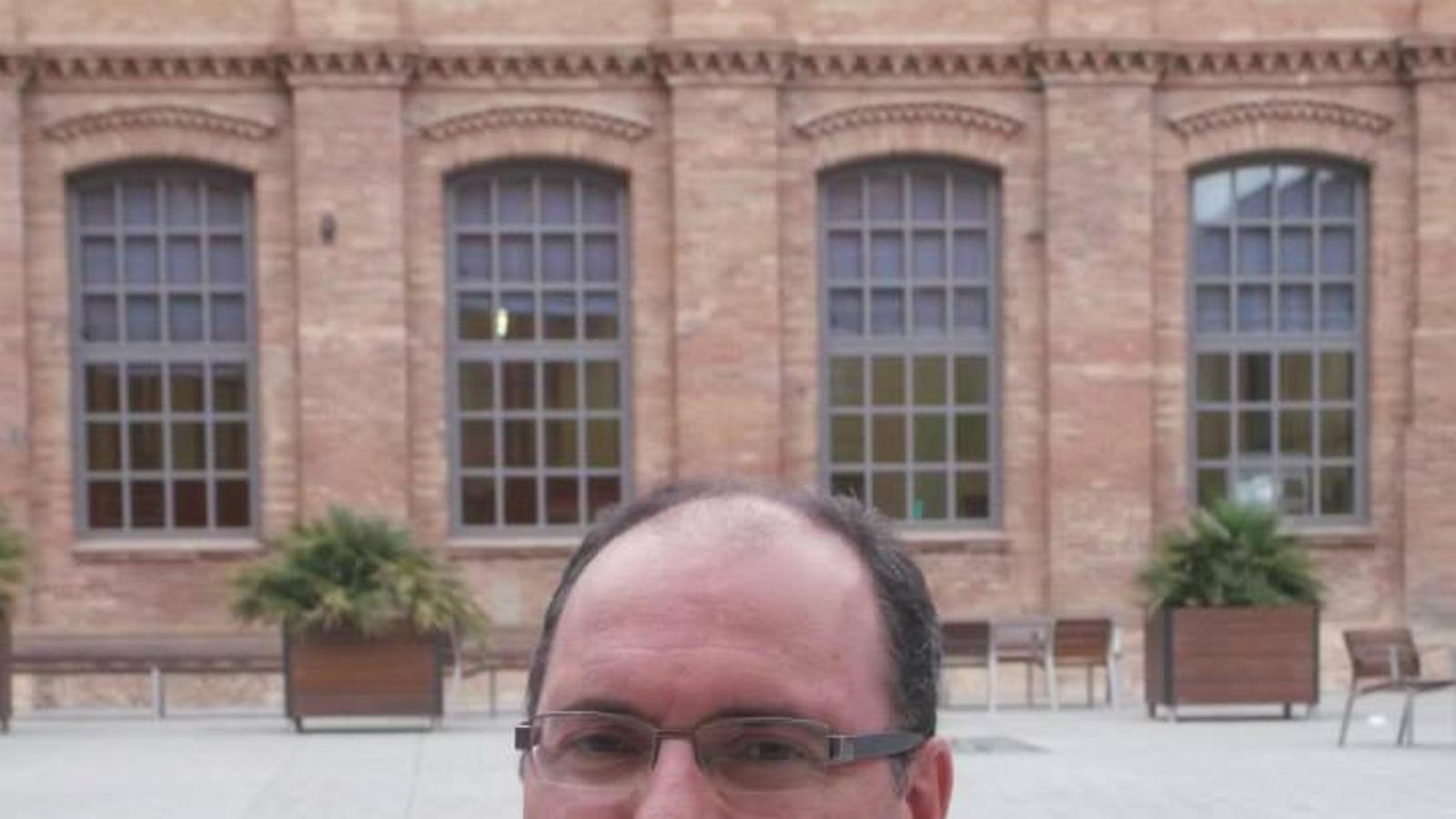 Mor el periodista de l'Ajuntament de Barcelona apunyalat a Ciutat Vella
