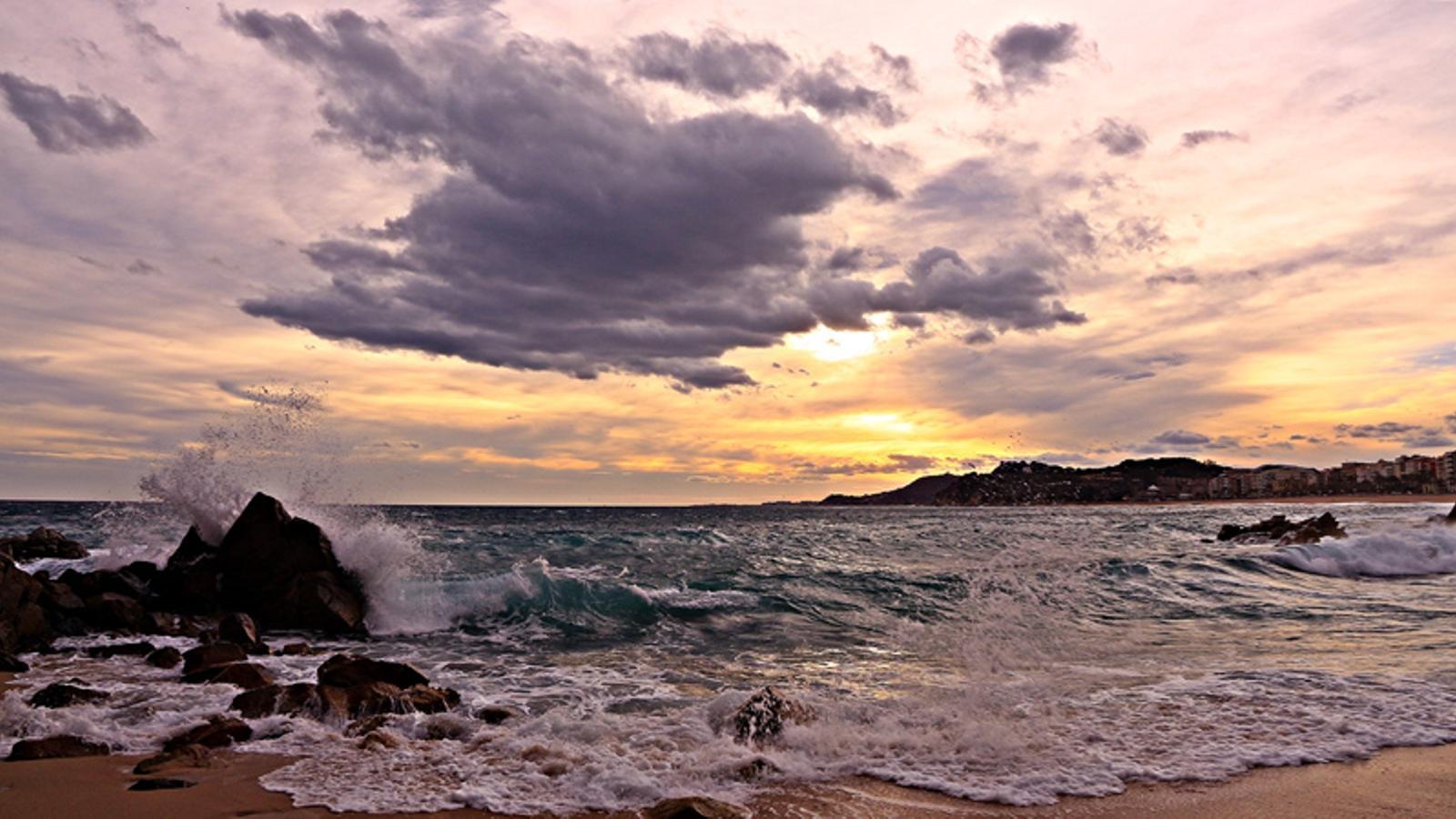 Una glopada d 39 aire fred far revifar l 39 hivern la setmana - Lloret del mar meteo ...
