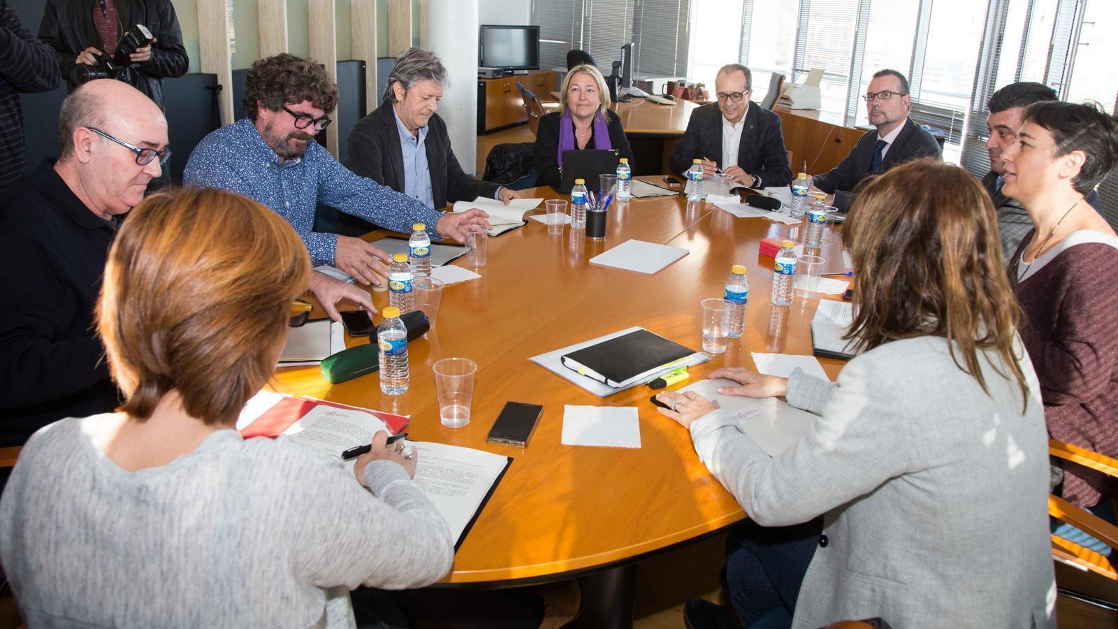 Empar Marco, Salvador Enguix o Josep Ramon Lluch: un dels tres serà el director de la nova radiotelevisió valenciana