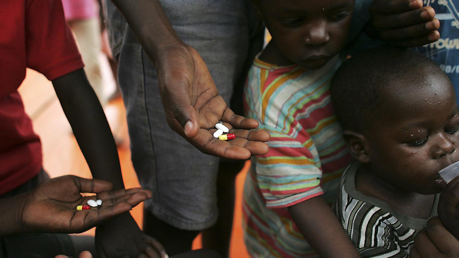Per erradicar la sida No n'hi ha prou amb la ciència