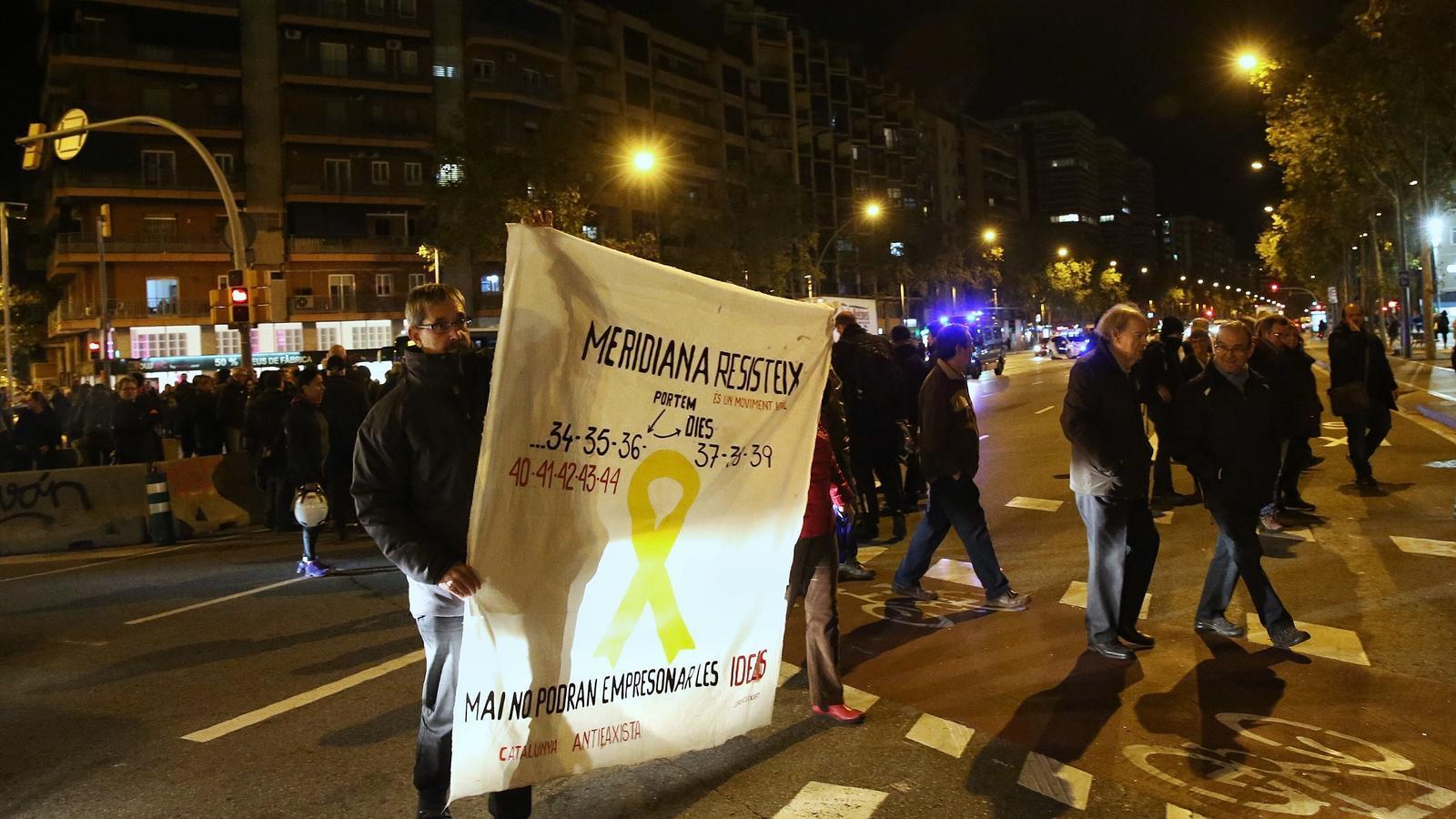 """""""Seguim tallant la Meridiana perquè la injustícia continua"""""""