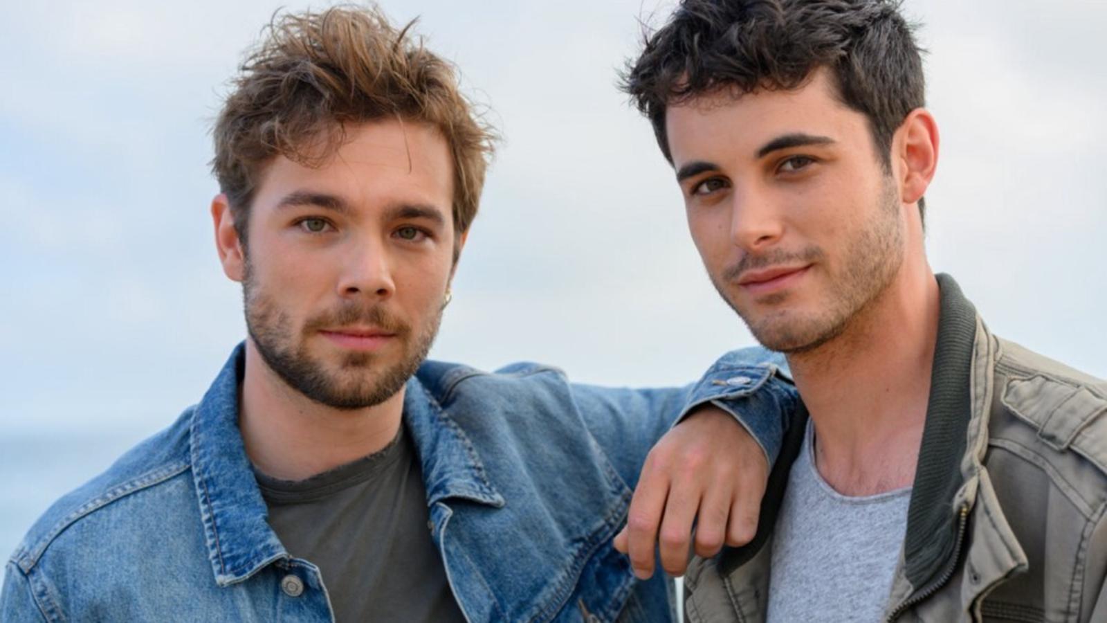 L'actor David Solans, a la dreta, acompanyat per Carlos Cuevas