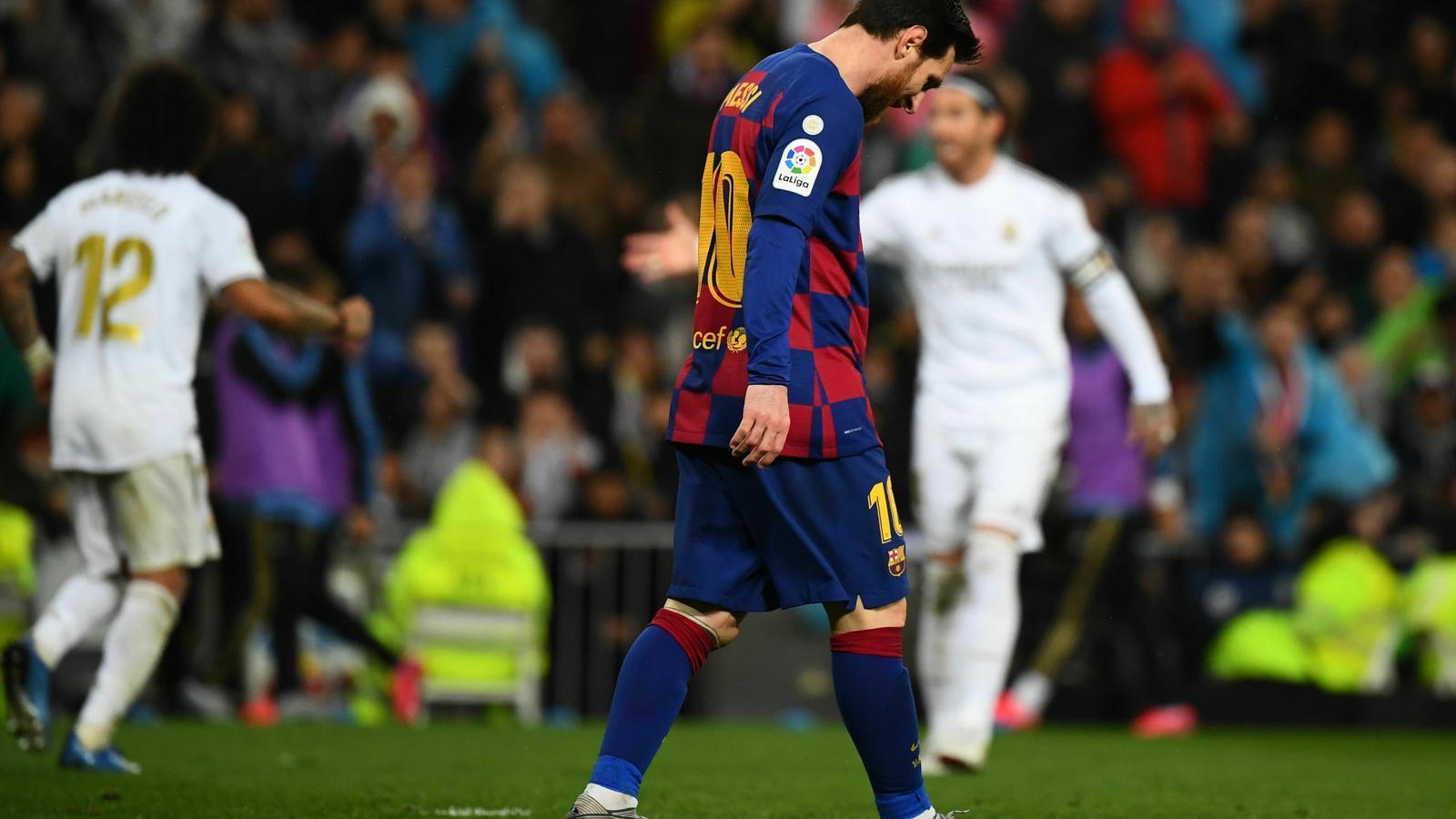 Messi capcot al després dels gols del Reial Madrid