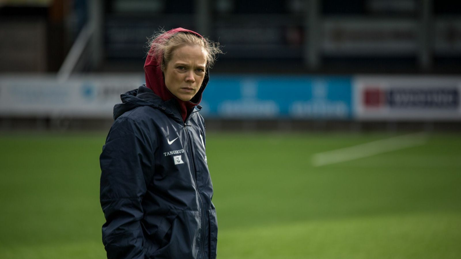La protagonista de Home Ground, sèrie noruega sobre una dona entrenadora.